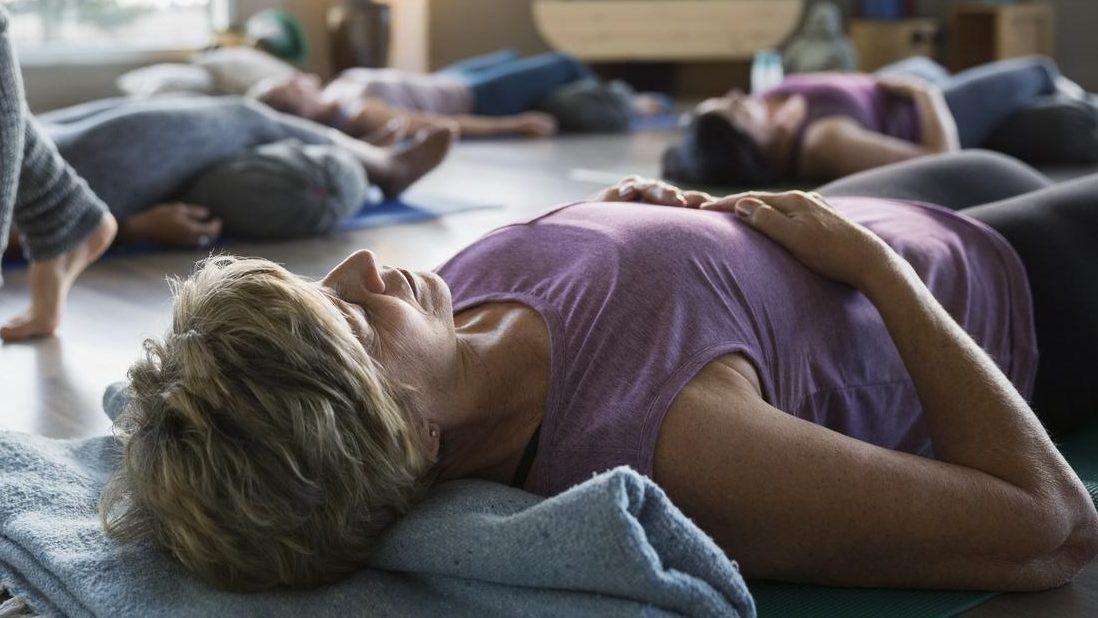 ayurveda-yoga-tnequilibrium-savasana